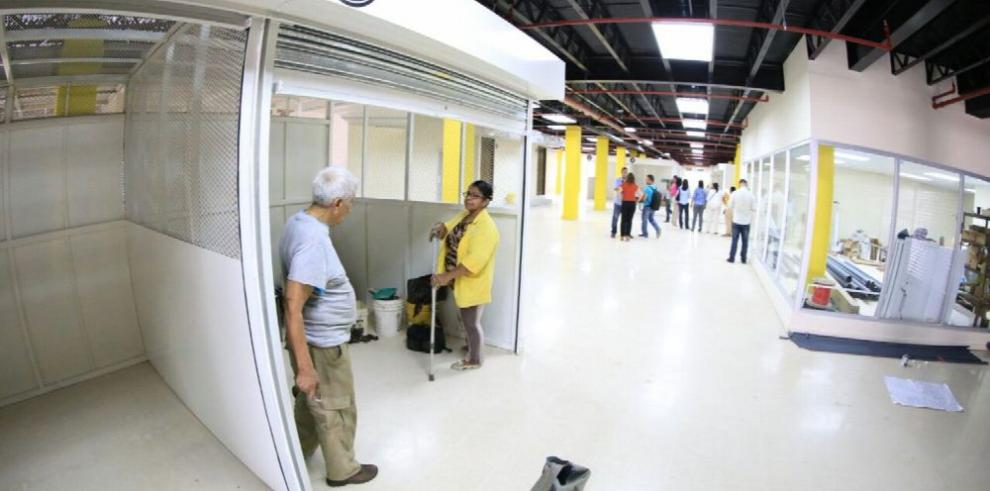 Alcaldía de Panamá reubica a buhoneros