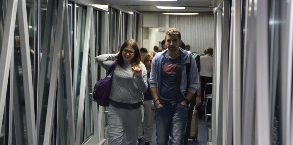 Primer vuelo chárter entre Polonia y Panamá aterriza en Aeropuerto de Tocumen