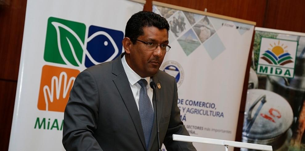 Panamá reforesta 371 hectáreas durante las tres jornadas del Día Nacional de Reforestación