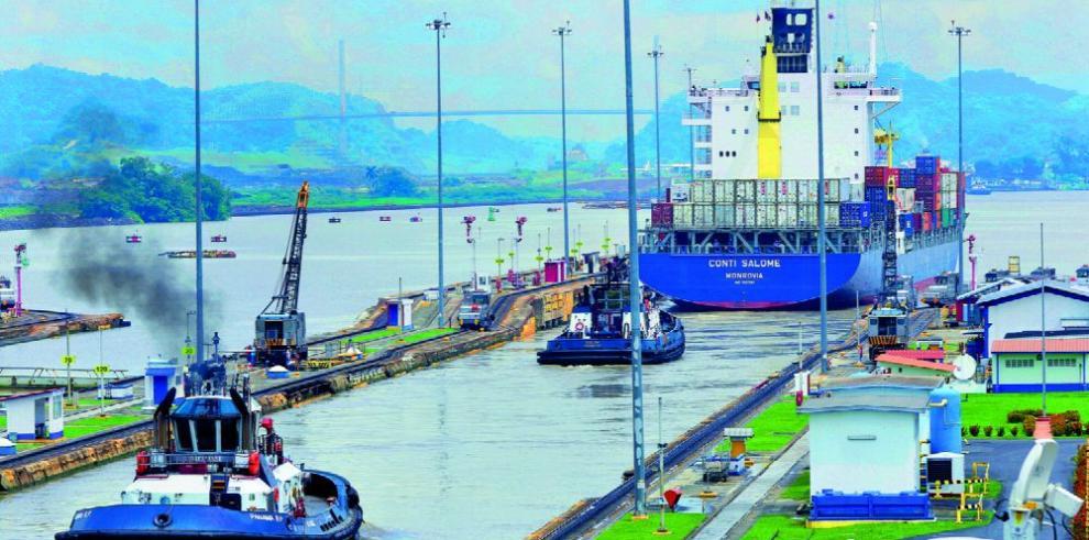 Prácticos de la ACP piden anular pacto con remolcadores privados
