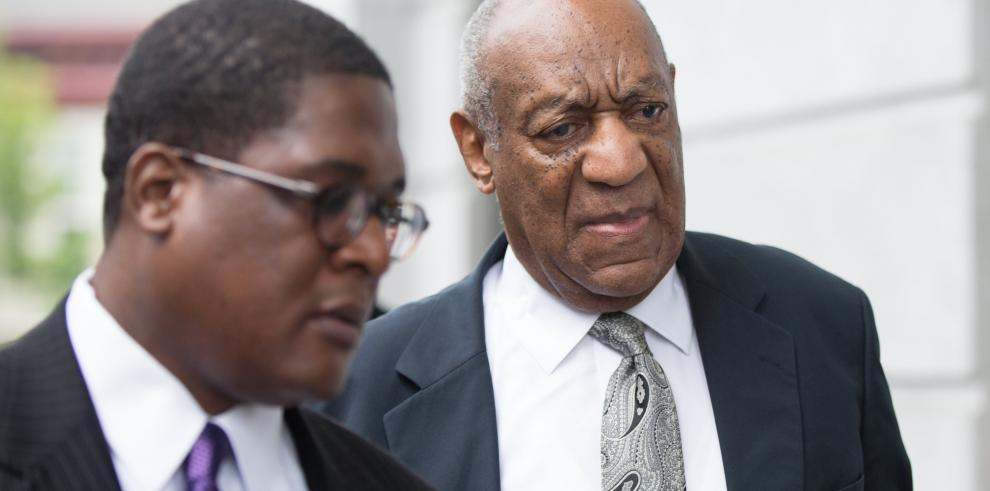 Declaran juicio nulo en el caso de acusaciones de abuso sexual de Bill Cosby