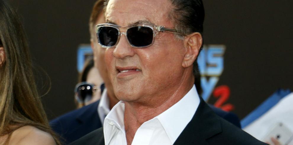 Sylvester Stallone niega haber violado a una mujer en los años 90