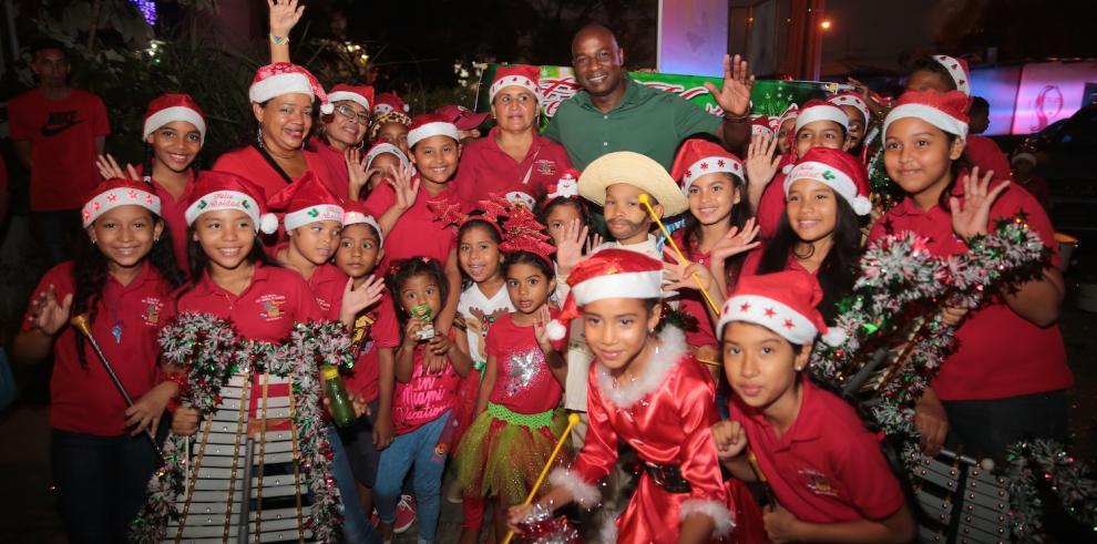 Más de 30 mil personas celebraron la navidad en el distrito de San Miguelito