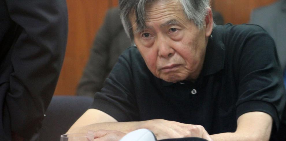 Expresidente de Perú fue trasladado a una clínica por taquicardia