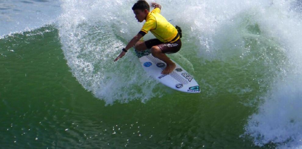 Exitosa tercera válida de surf