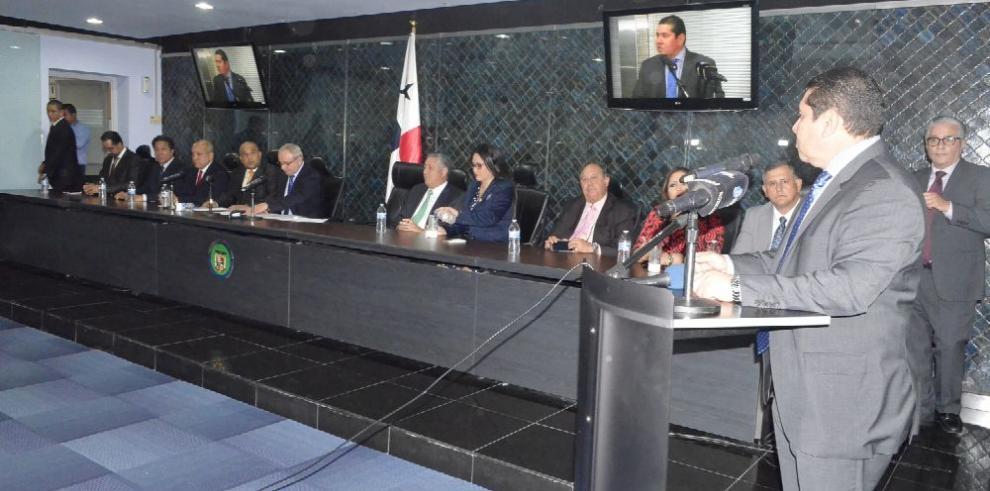 Comisión legislativa no podrá acceder a expedientes del MP