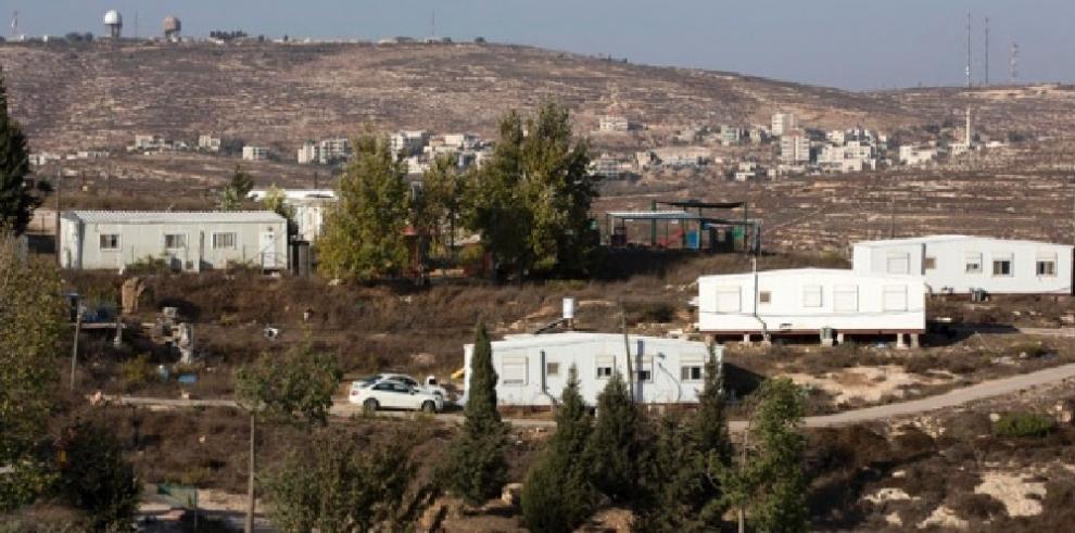 Soldados israelíes matan a mujer en Cisjordania tras ataque con vehículo