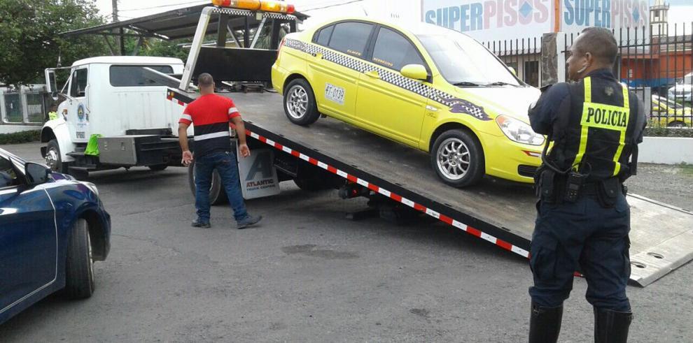 ATTT identificó a conductor de taxi que intentó atacar a un peatón en Chiriquí