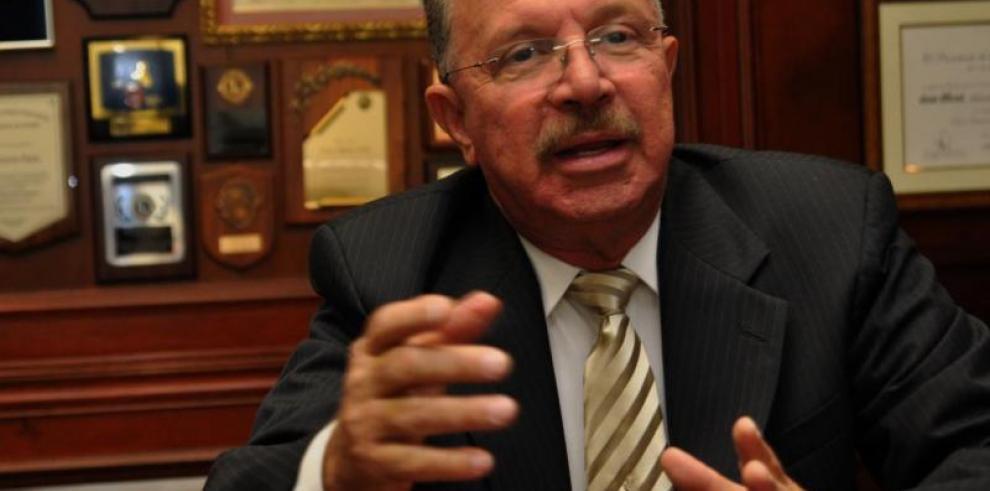Tapia cuestiona declaraciones de Varela por el caso Waked
