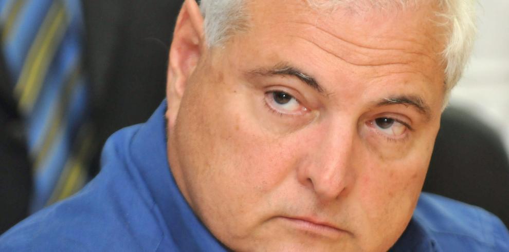 Martinelli presenta cinco valedores para su solicitud de asilo en EEUU