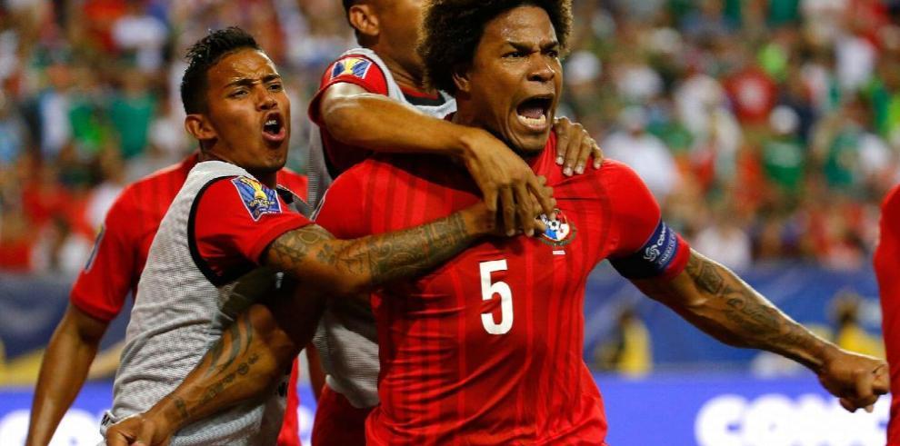 Román Torres tampoco irá a Copa de Oro