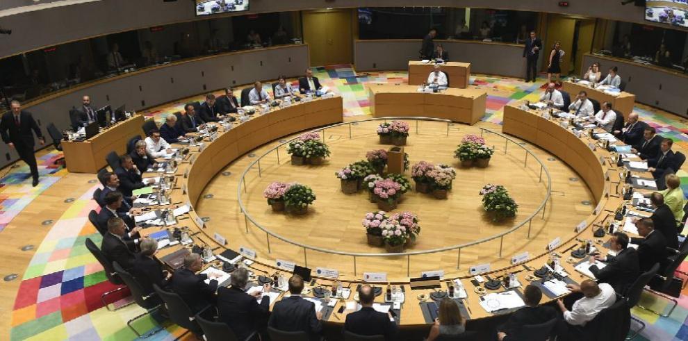 UE acuerda prolongar sanciones contra Rusia