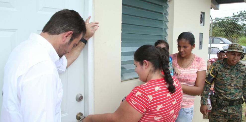 Miviot entrega 58 viviendas en Chepo