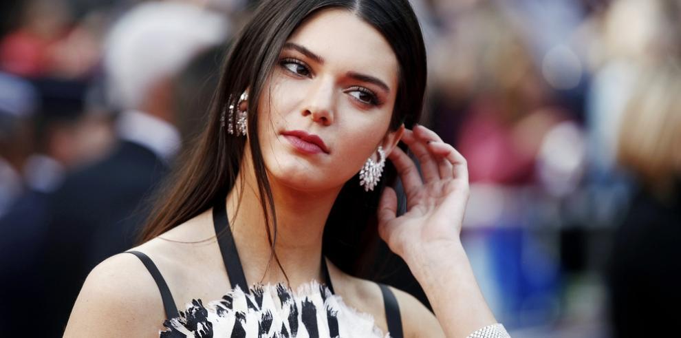 Pepsi defiende el controvertido anuncio protagonizado por Kendall Jenner