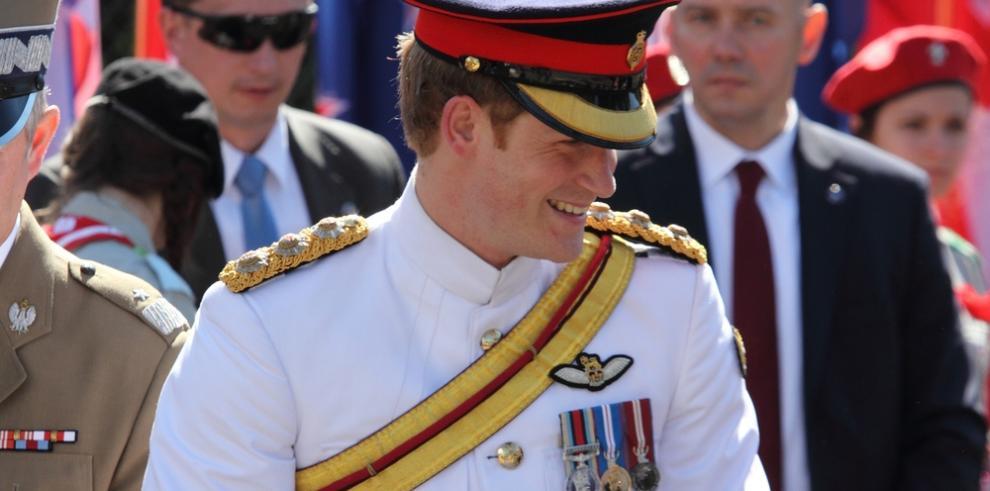 El príncipe Enrique recuerda labor de su madre Diana