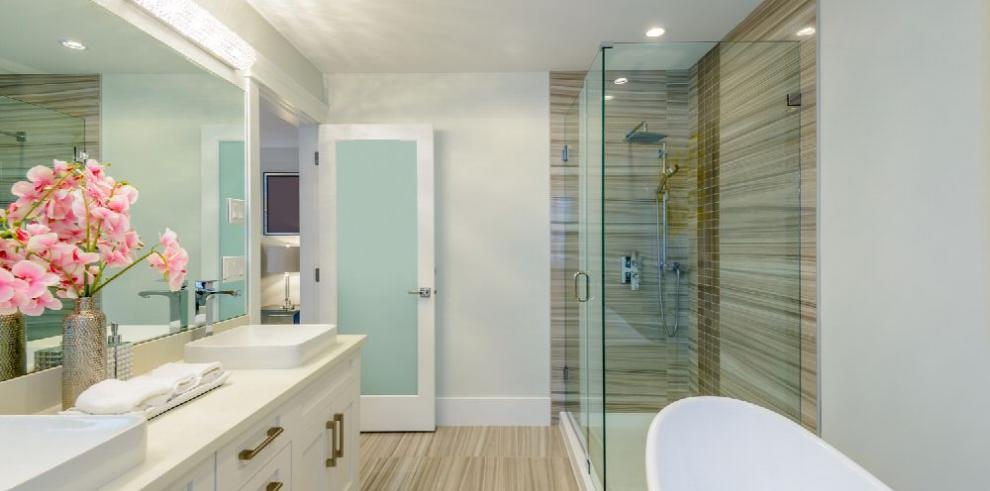 Un baño de lujo, en poco espacio