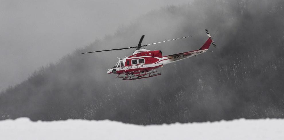 Helicóptero de rescate se estrella en el centro de Italia