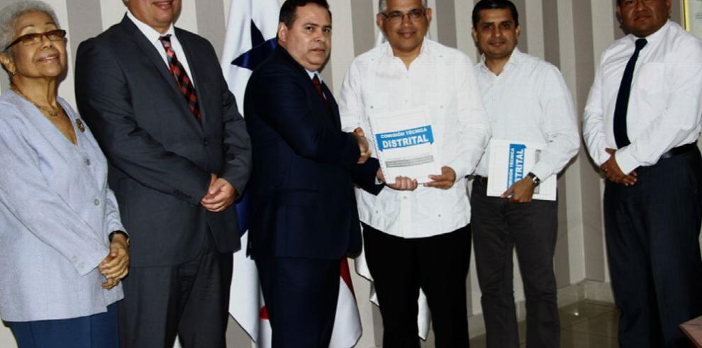 Alcaldía recibe informe sobre los jueces de paz