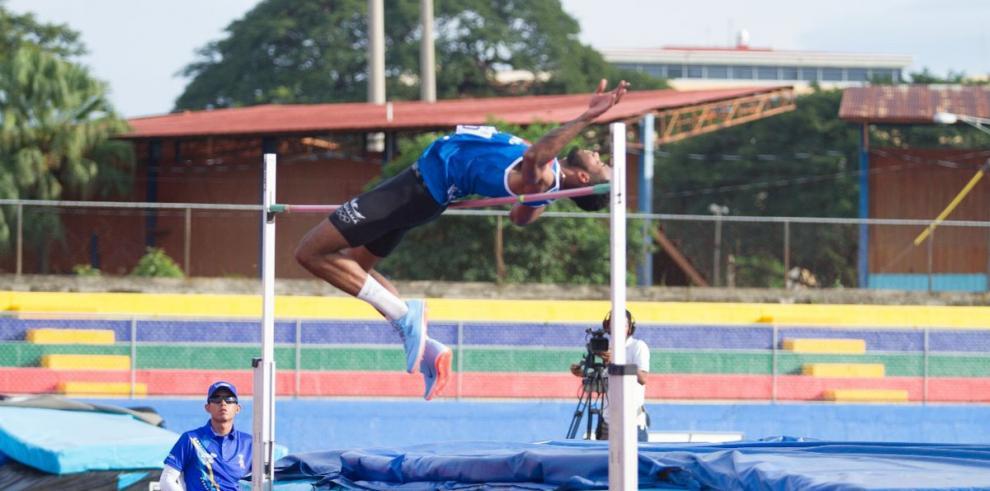 Panameños suman tres medallas de oro en atletismo