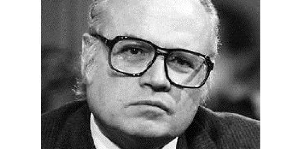 MuereDeane Hinton, ex-embajador de EEUU en Panamá