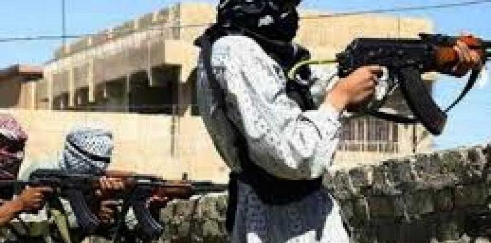 El ELS arrebata al EI el control de zona estratégica en el desierto sirio