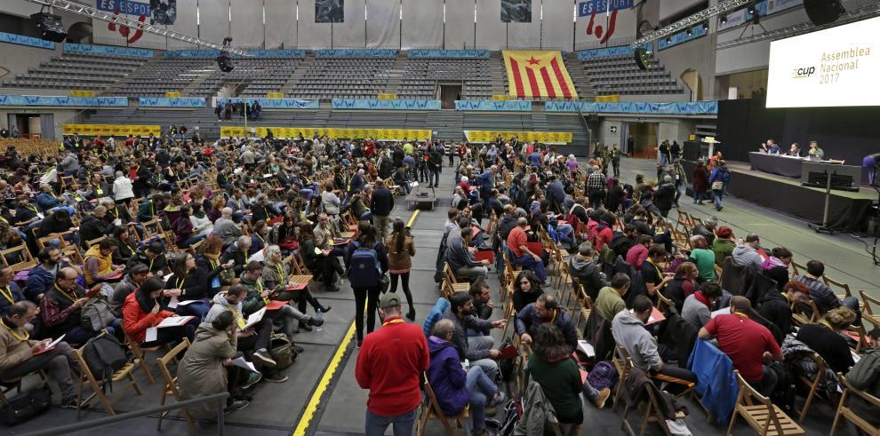 Independentistas radicales catalanes concurrirán a los comicios de diciembre
