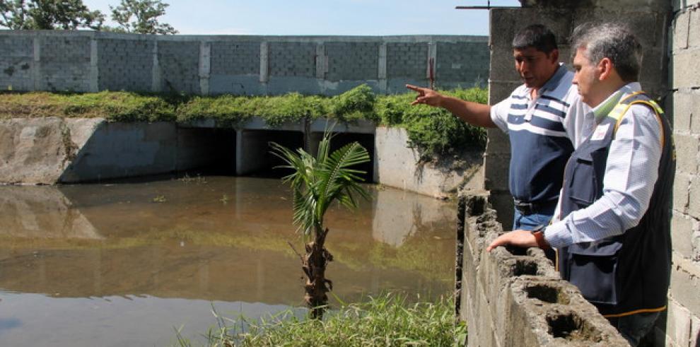 Defensor del Pueblo recorre áreas afectadas por las inundaciones