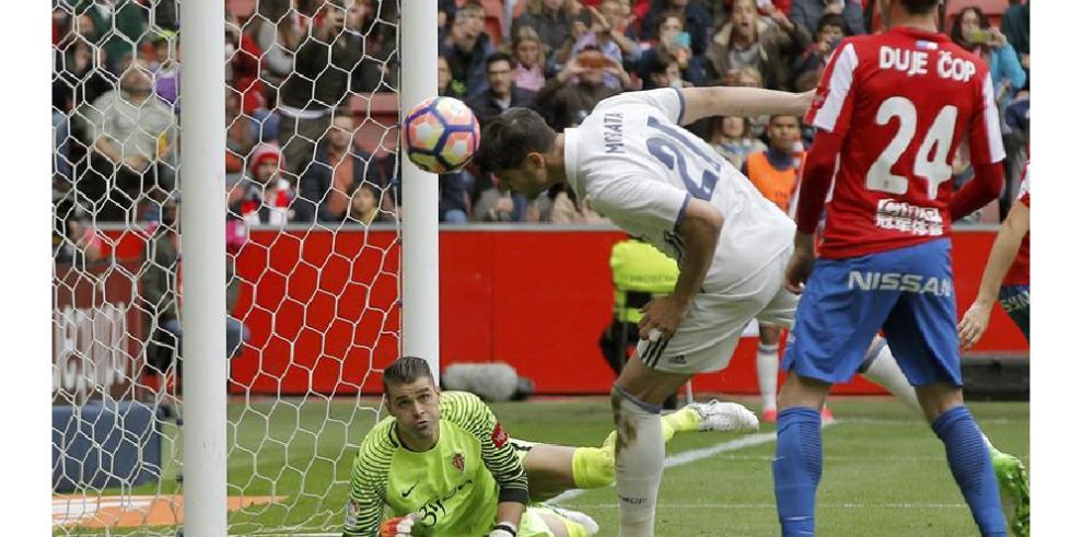 Real Madrid derrotó al Sporting de Gijón con doblete de Isco