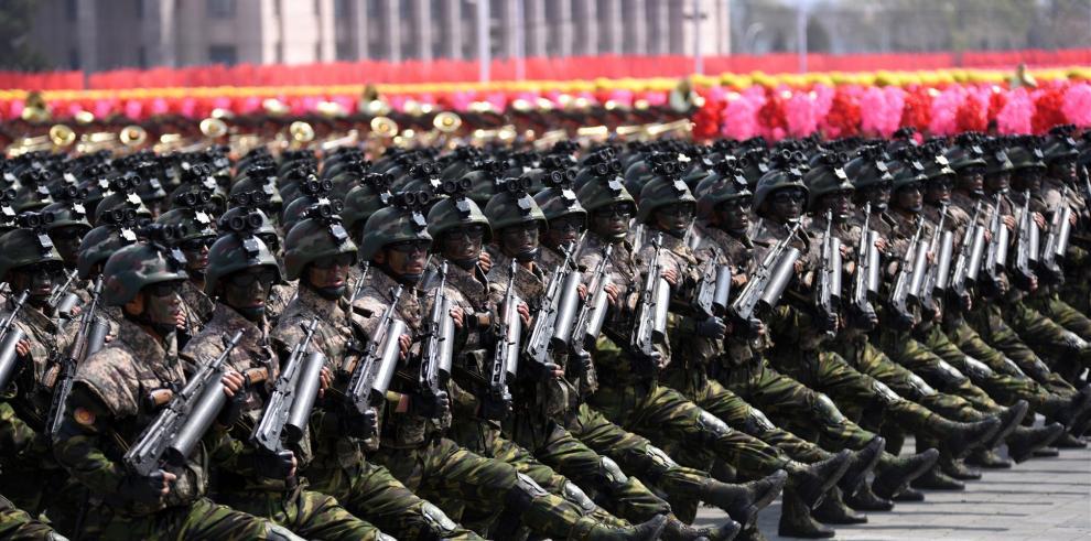 Corea del Norte saca pecho ante EEUU y muestra sus misiles