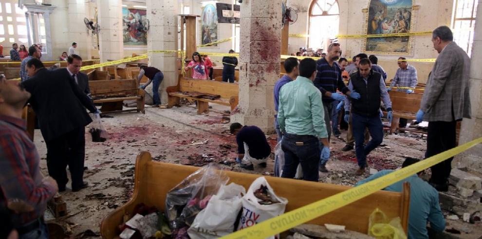 Egipto decreta estado de emergencia tras ataques a iglesias