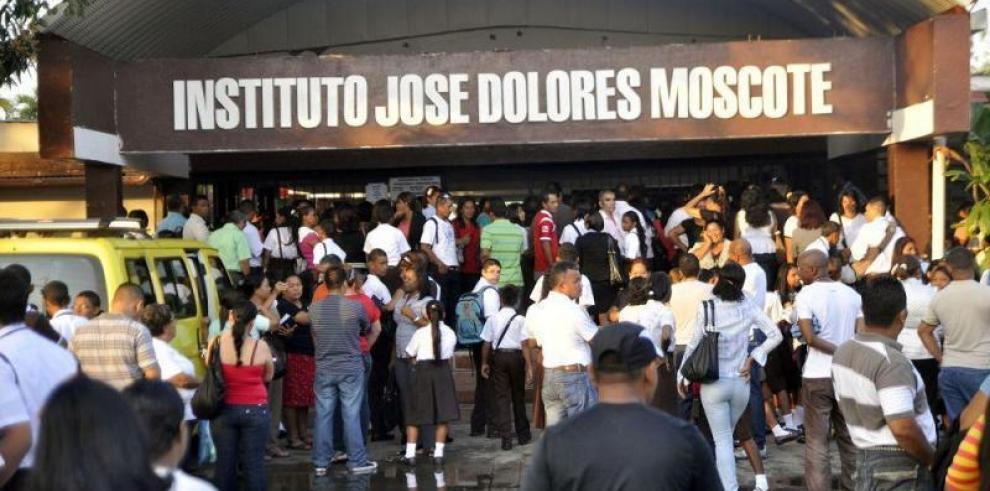 Clases en elJosé Dolores Moscote se normalizan
