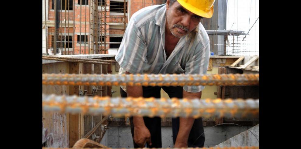 Suben precios de materiales de construcción