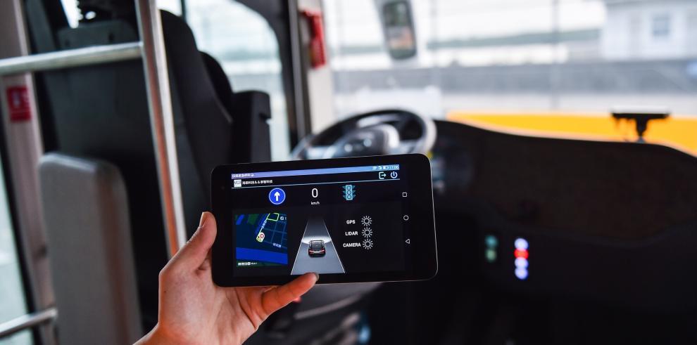 Autobuses autónomos comienzan operación de prueba en China