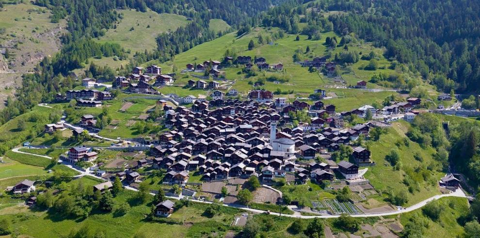 ¡Increíble! un pueblo suizo paga más de 21 mil euros para atraer habitantes