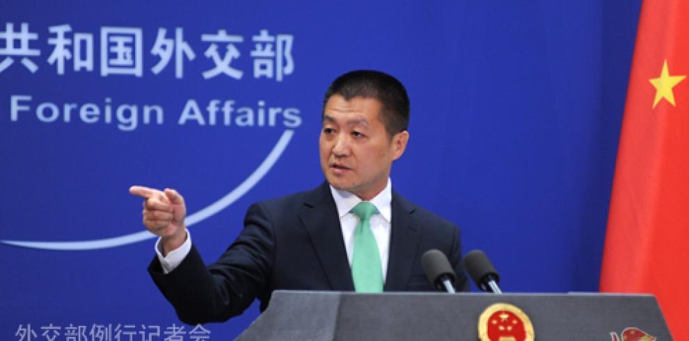 China acusa a EEUU de interferencia por su mayor relación militar con Taiwán