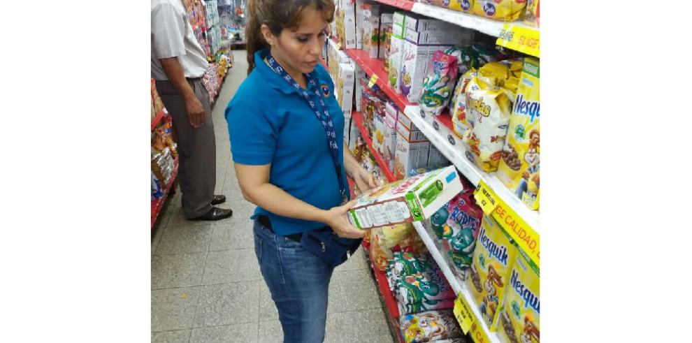 Acodecodescubreproductos con fecha de vencimiento borradas en Chiriquí