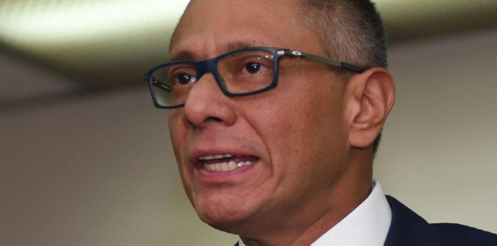Condenan a seis años de prisión a Jorge Glas