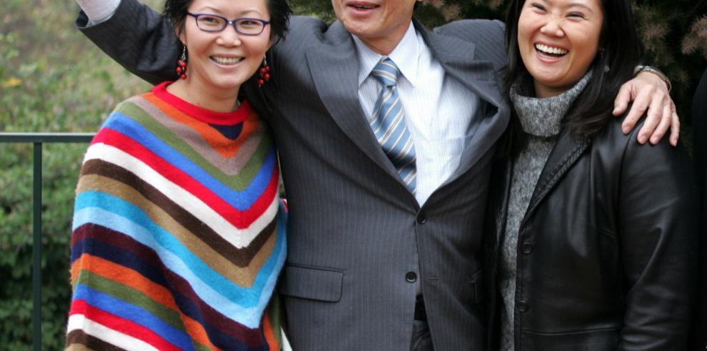 El indulto fortalece a Kenji Fujimori frente a su hermana Keiko