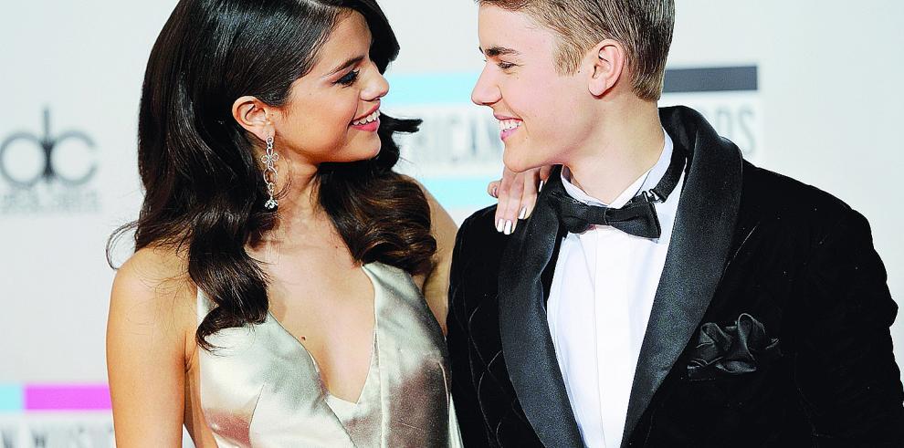 Justin Bieber y Selena Gomez disfrutan de un 'dulce' y romántico fin de semana'