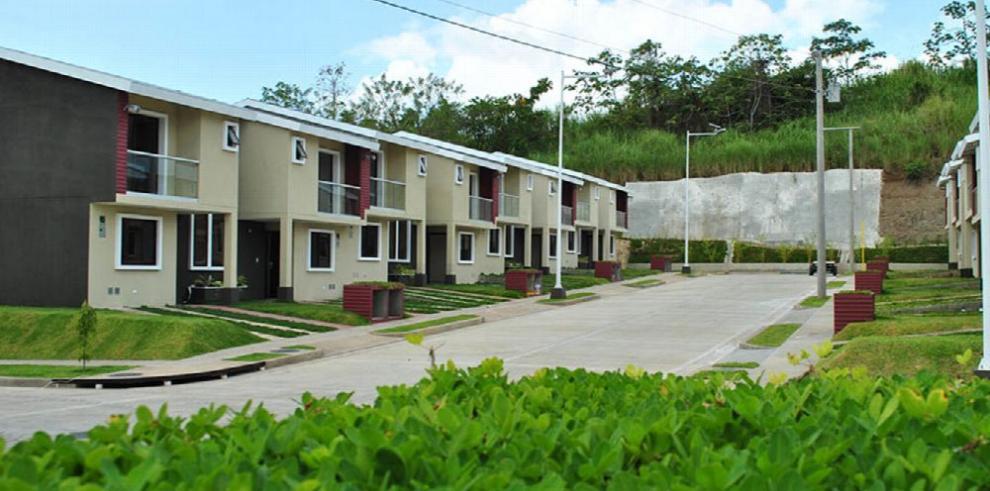 Sammy Sosa entregará su primera casa en Panamá