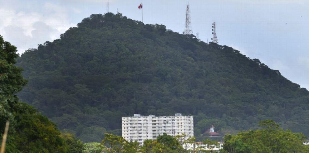 Áreas verdes no desarrollables, parte del cerro Ancón