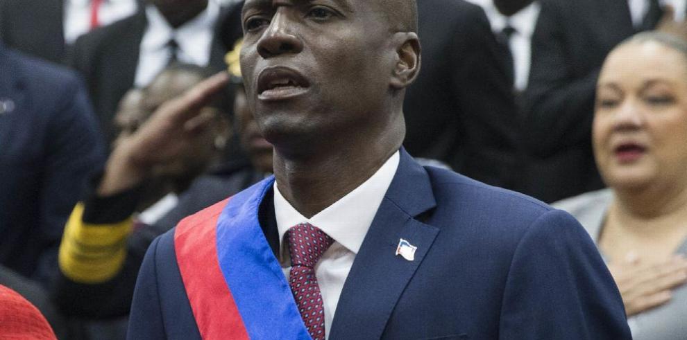 El empresario Jovenel Moise asume la presidencia de Haití