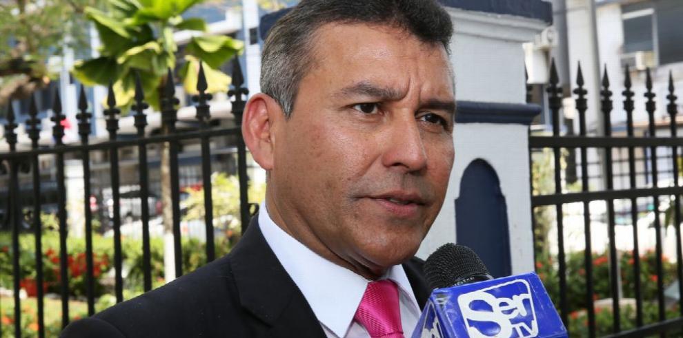 Sitton indentifica a los supuestos testaferros de Varela