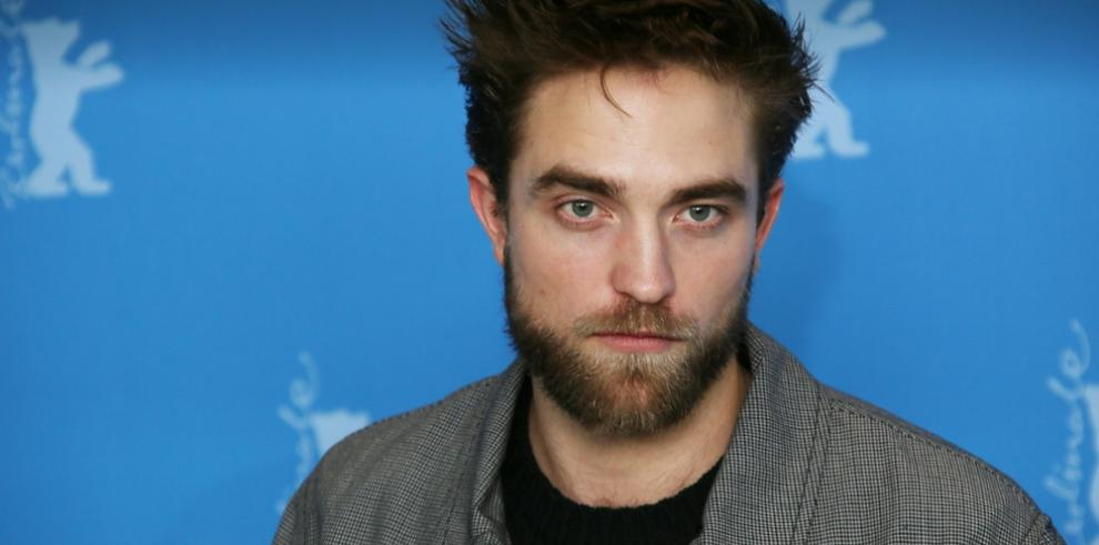 Robert Pattinson solía vender revistas pornográficas de adolescente