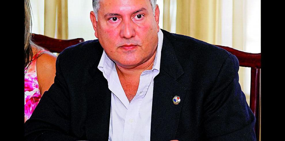 Panamá tiene los pies sobre la tierra' dijo Pedro Chaluja