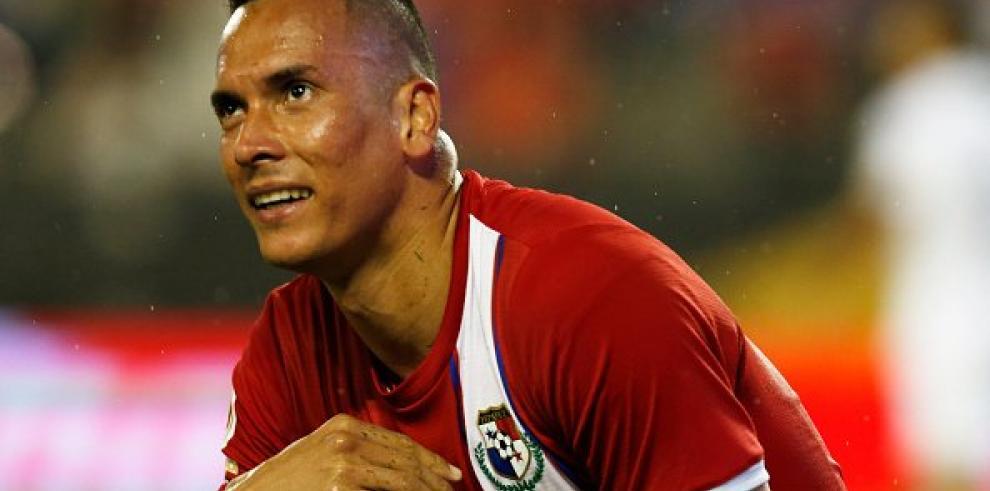 Blas Pérez es baja ante Trinidad y Tobago por lesión en su muslo izquierdo