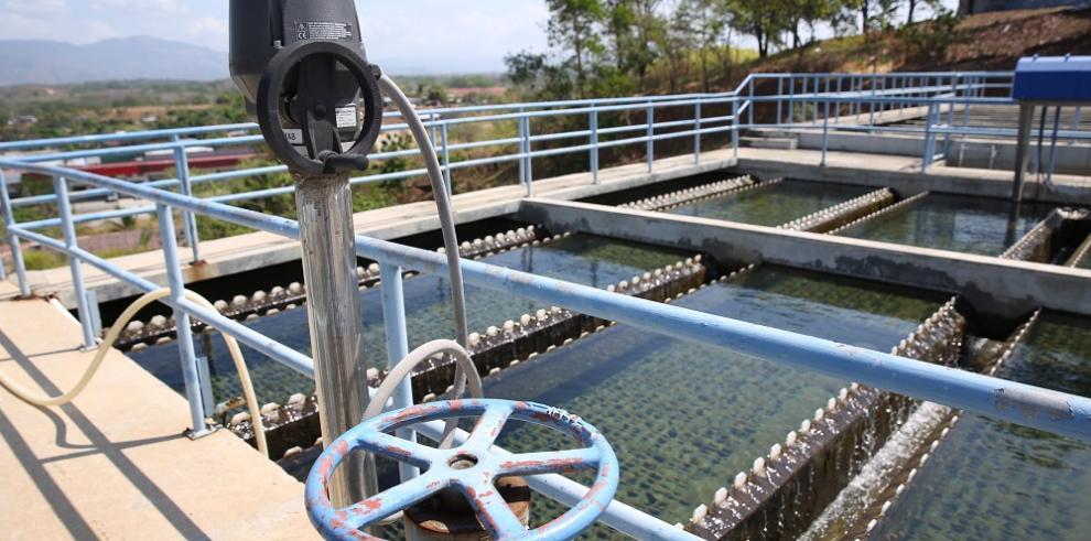 Suministro de agua potable en proceso de estabilización
