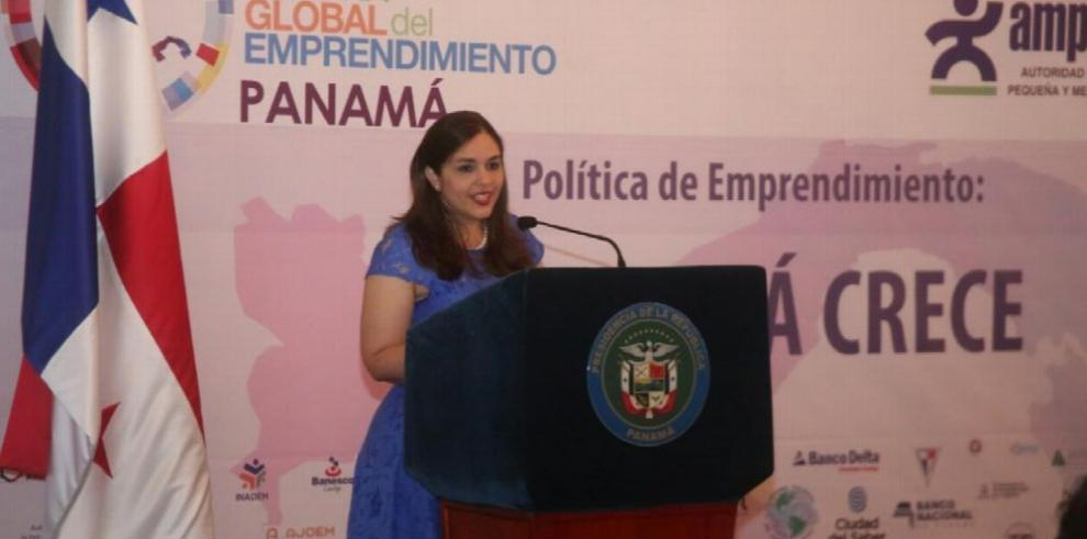 Gobierno lanza política 'Panamá Crece' para dinamizar el sector empresarial