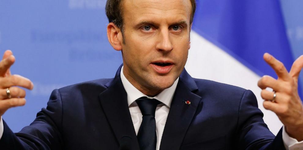 Macron cumple 40 años con popularidad al alza y una mayoría de satisfechos