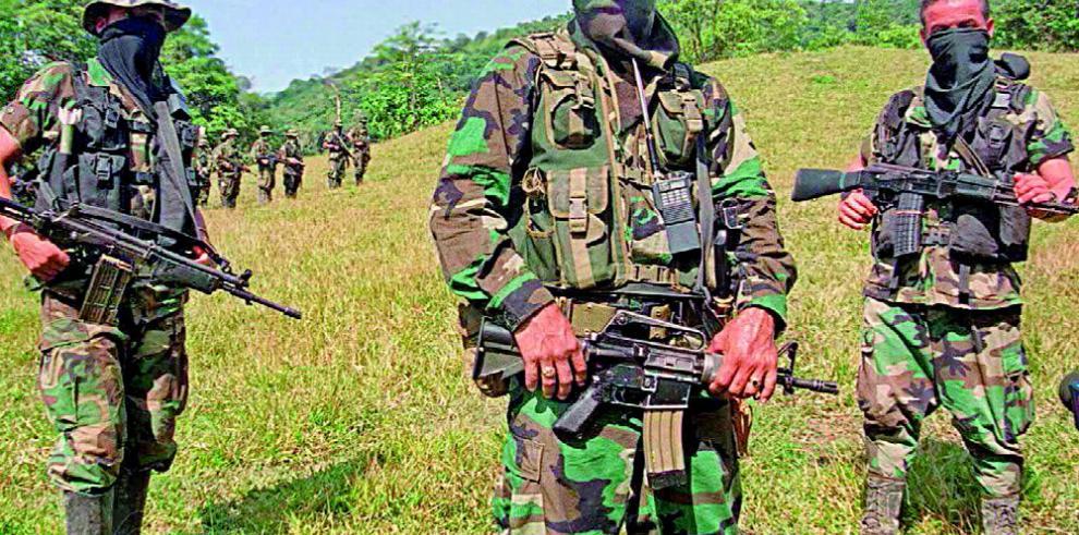 Exoficial del ejército colombiano capturado por paramilitarismo